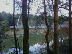 Hangbrug over het kanaal