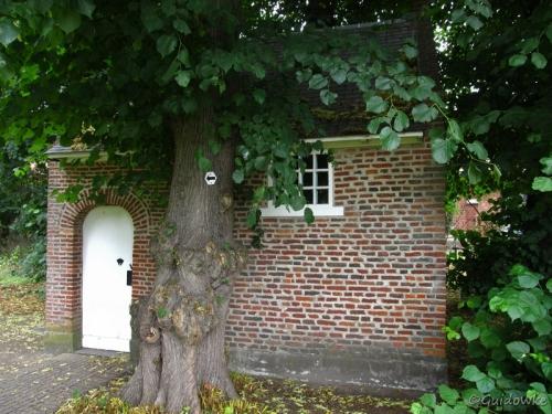 De Wolfskapel bestond reeds in 1505.