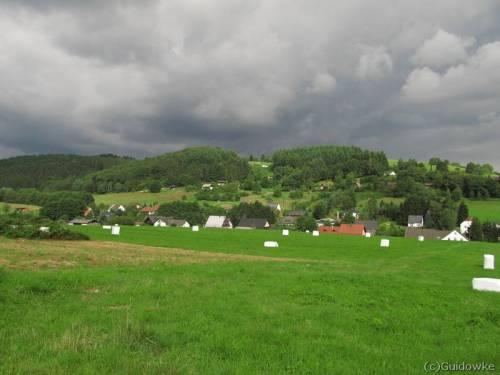 Regenwolken boven Neroth